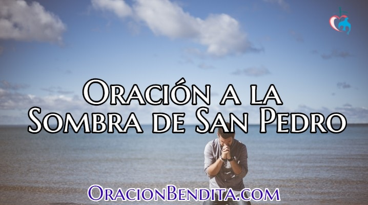 Hombre orando a la sombra de San Pedro
